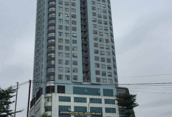 toa nha star tower